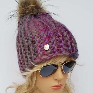 kolorowa czapka wełniana