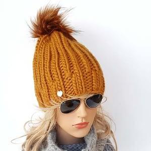 musztardowa gruba czapka wełniana