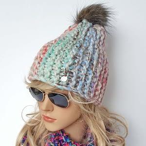 pastelowa czapka wełniana